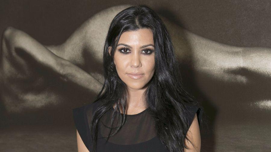 kourtney-kardashian-suffers-nip-slip-that-doesnt-seem-accidental-photo