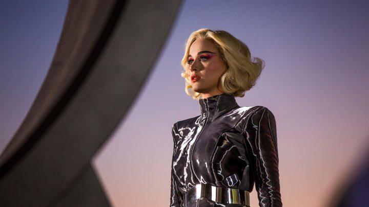 01-Katy-Perry-Chained-to-the-Rhythm-2016-screenshot-press-billboard-1548